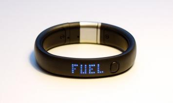 Runners Stay on Track with Wearable Fitness Technology