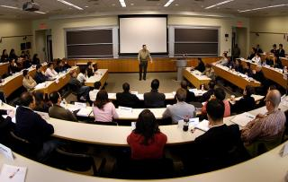 Wharton will Hold a Private Wealth Management Program for Professionals and UHNWI in Miami